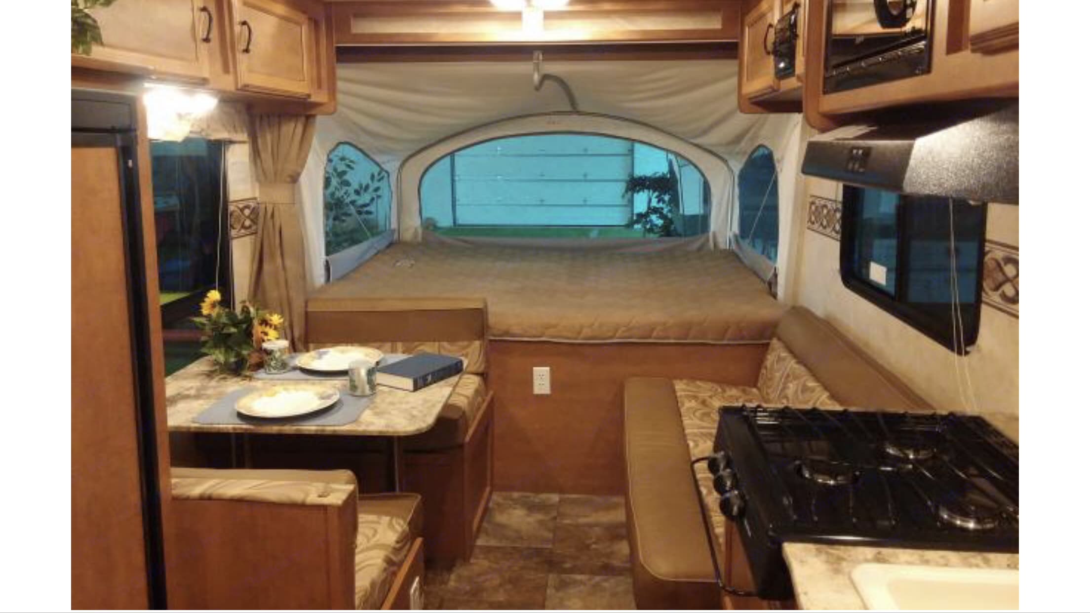 Dinneties and sofa turns to bed . Coachmen Apex 2014