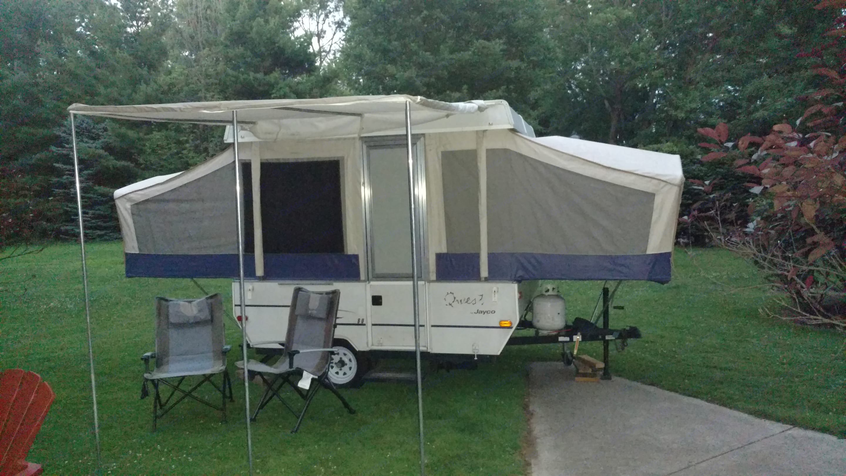 Time to relax! . Jayco Qwest 2002