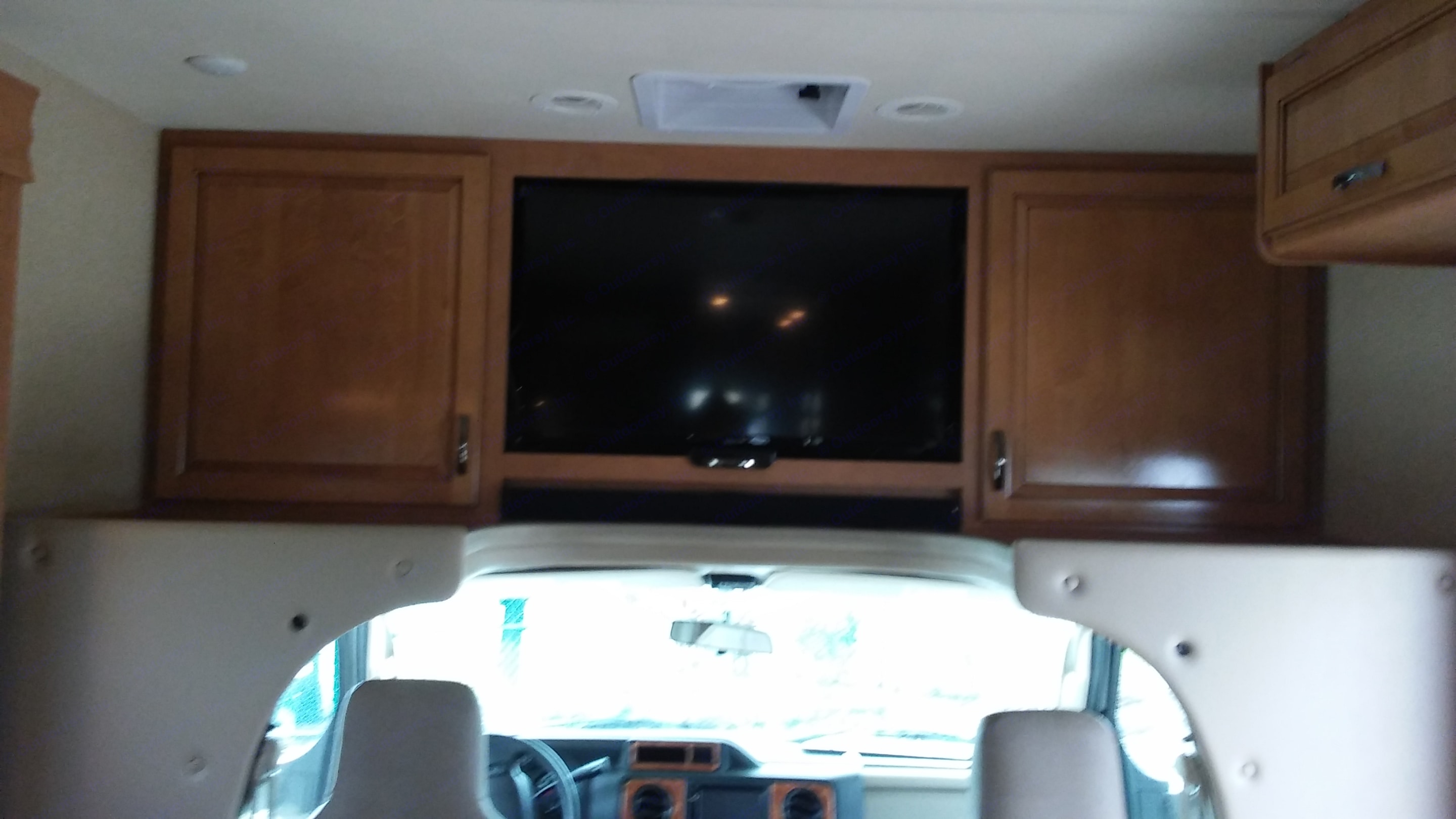 Entertainment Area - With a DVD player. Thor Motor Coach Four Winds 2017