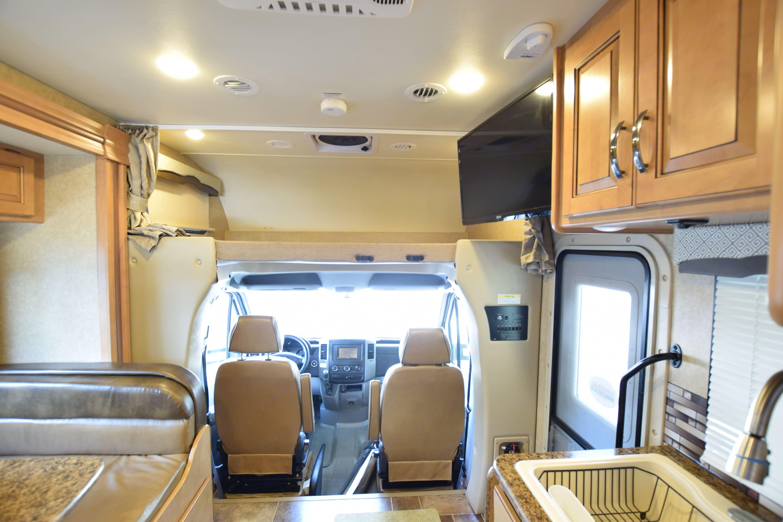 Overhead queen bunk. Thor Motor Coach Chateau Citation Sprinter 2017