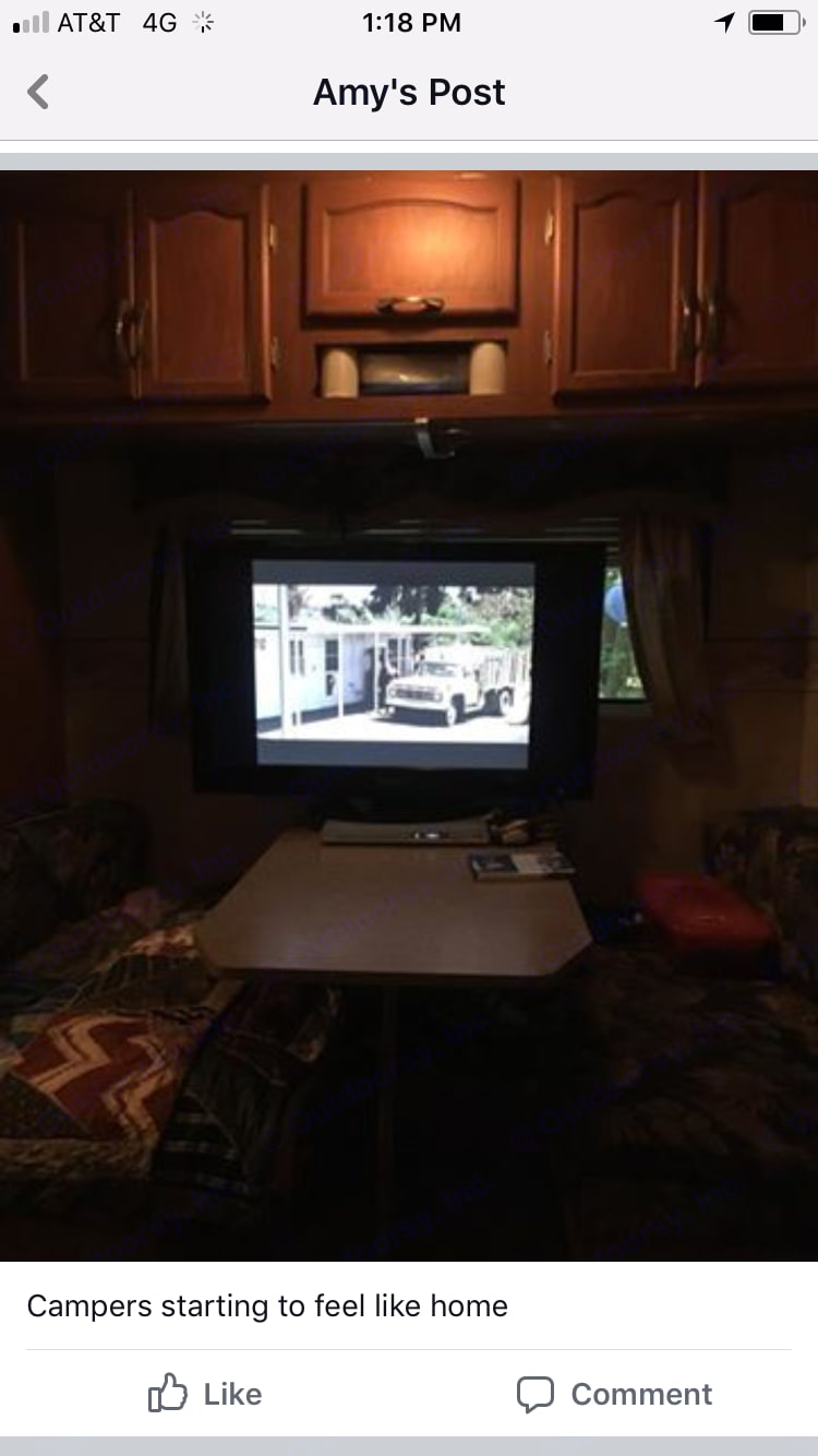 """42"""" flat screen tv with DVD player. Holiday Rambler Savoy 2007"""