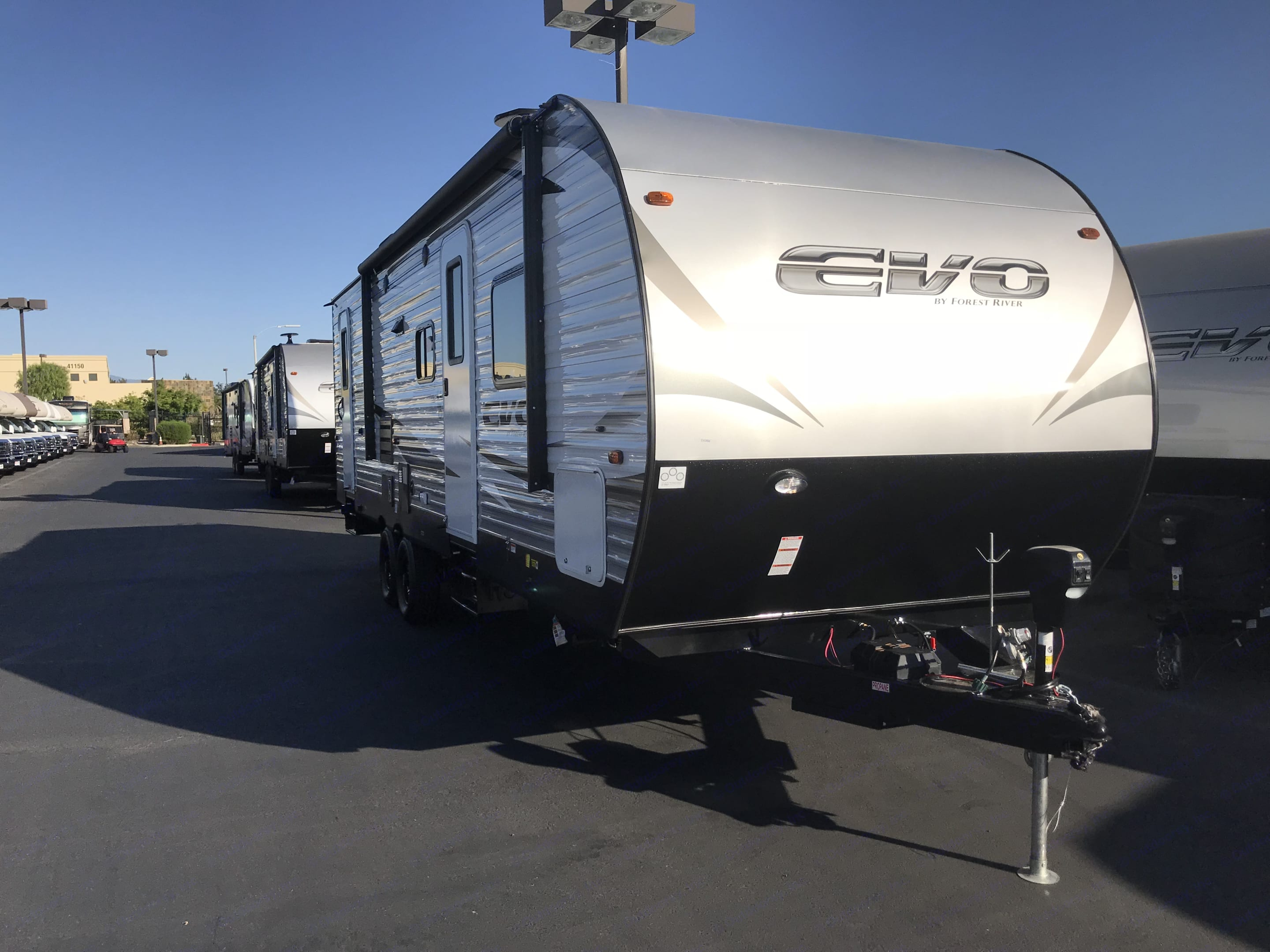 Power Tounge, power awning, led outside lighting & outside bluetooth speakers. Forest River Evo 2018