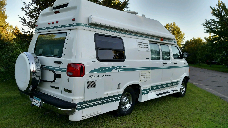 Coach House Passenger's Side. Coach House M-192ks-Wb-Dge 2000