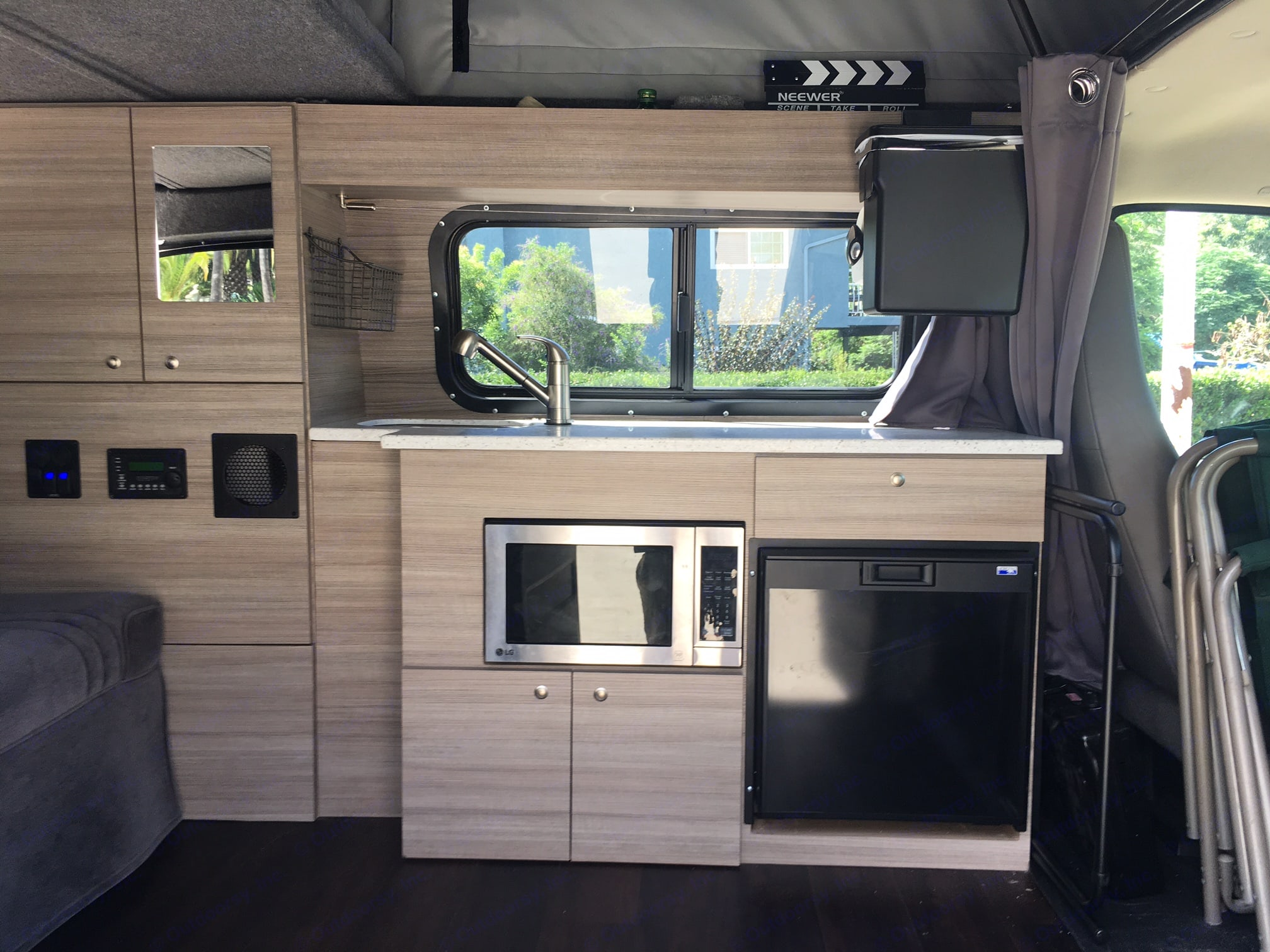 Full Kitchen Set Up! (Microwave, fridge, running water, stove, spice rack & more). Chevrolet Open Road 2014