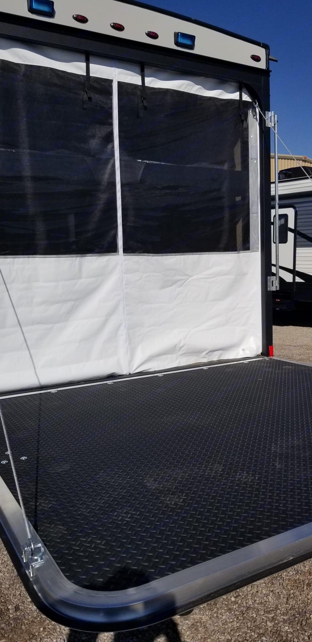Pacific Coachworks Sandsport 2019