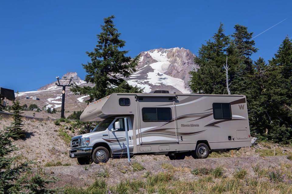 Mt. Hood, Oregon. Winnebago Minnie Winnie 2014