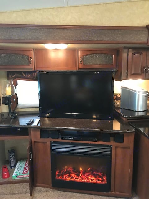 42 inch flat screen. Forest River Crusader 2012