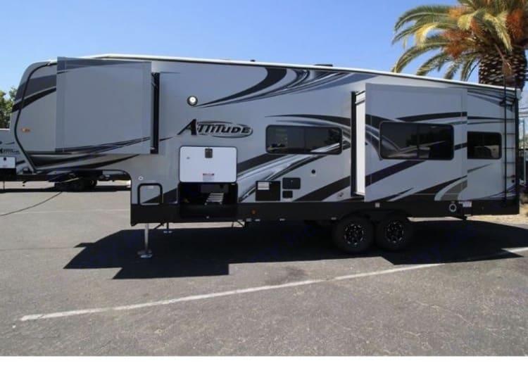 Eclipse Recreational Vehicles Attitude 2018