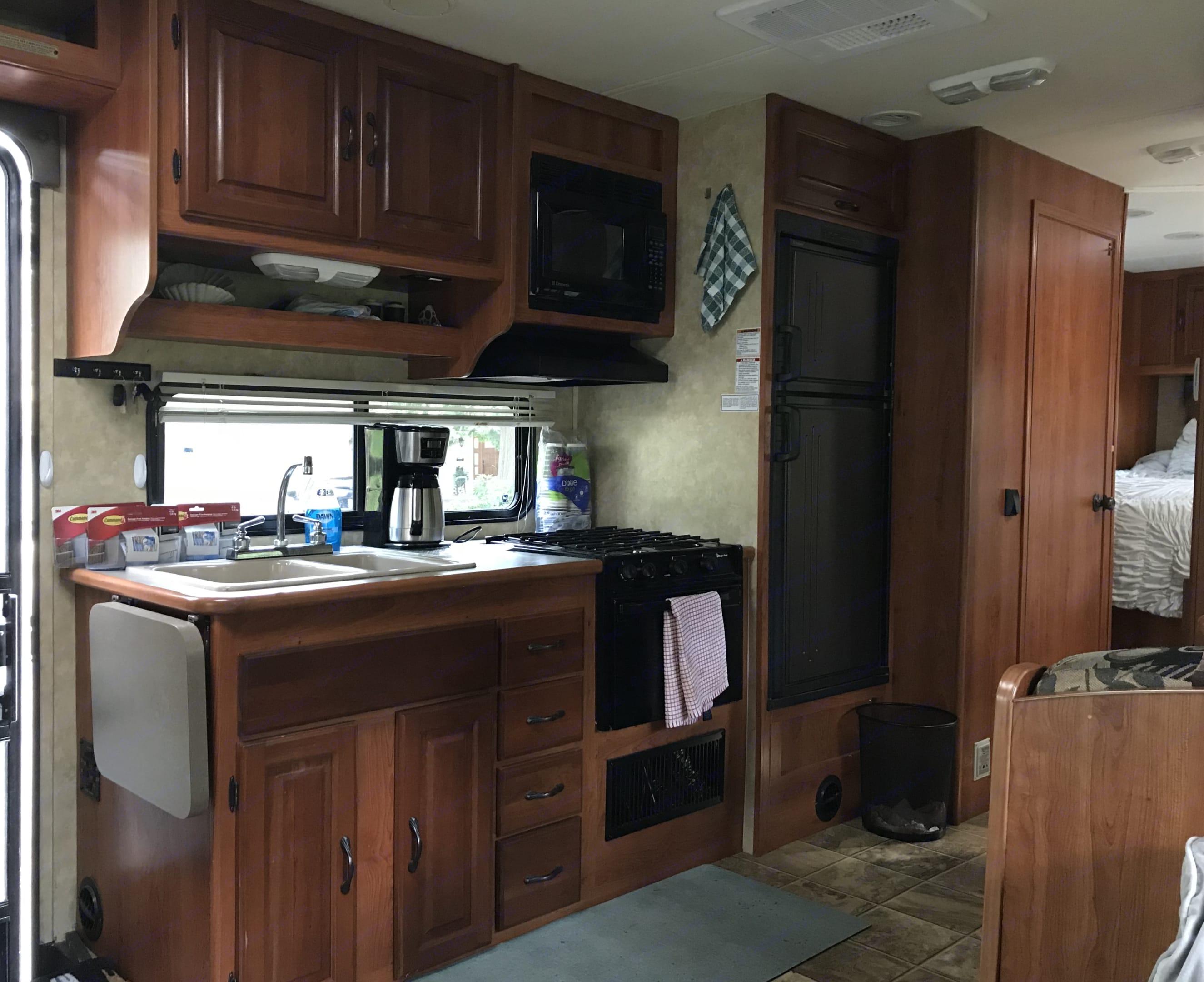 Full loaded kitchen w/ Coffee Pot. Ford Coachmen 2008