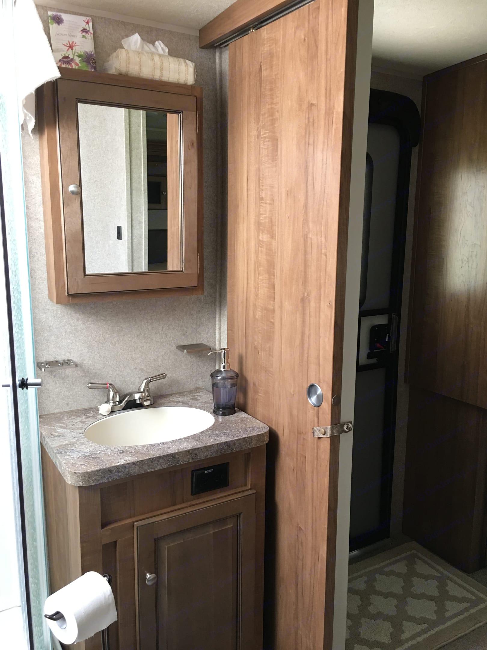 Bathroom. Forest River Rockwood 2017