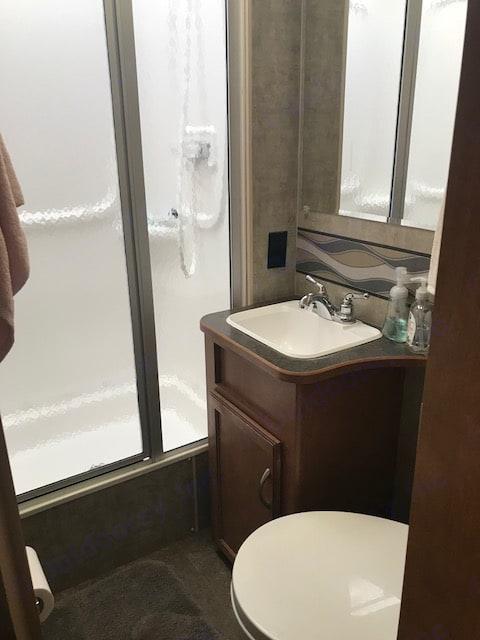 Bathroom. Winnebago Minnie Winnie 2016