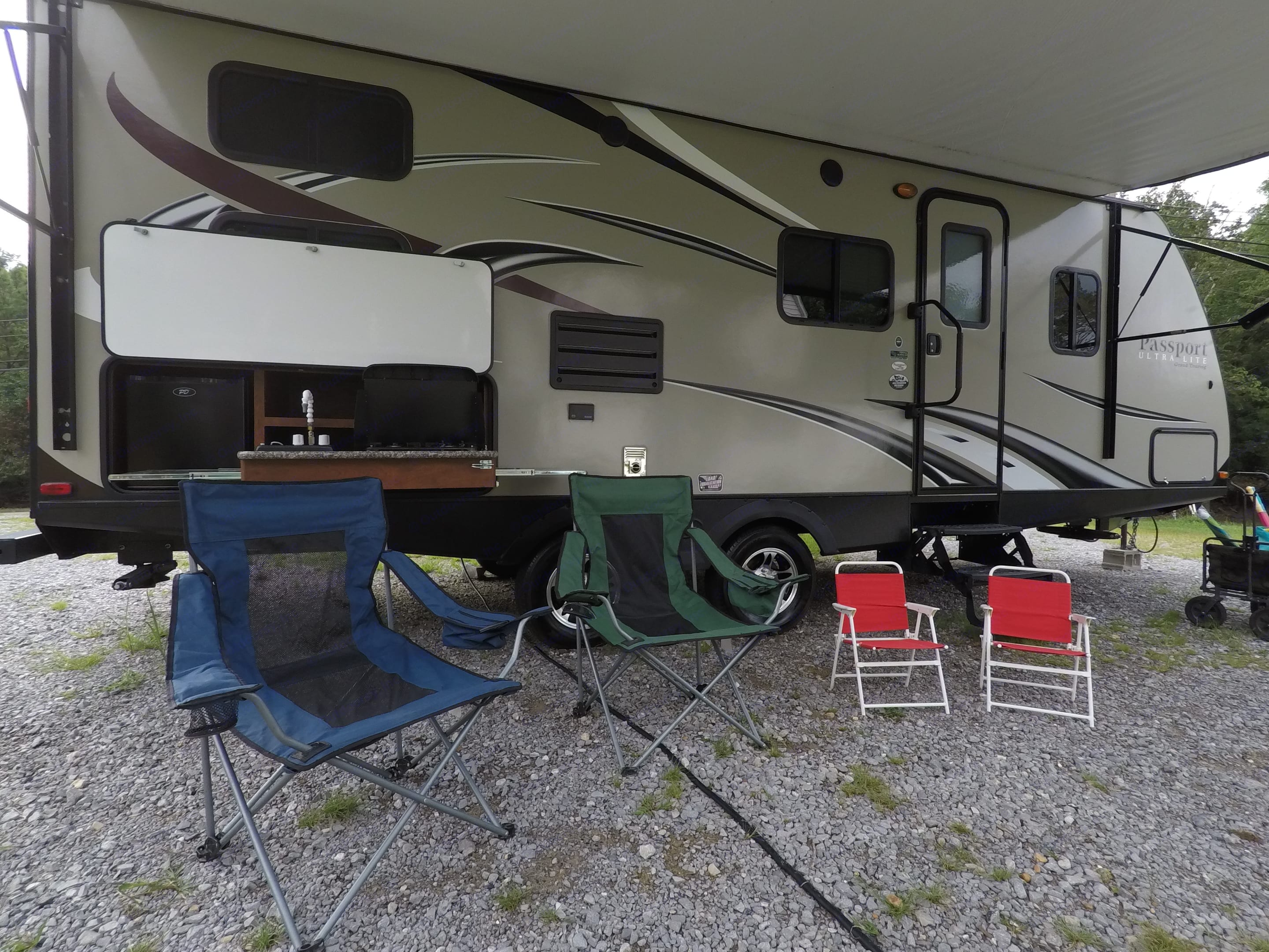 Set up the camping chairs and relax under the generous over-sized awning.. Keystone Passport 2400BH Grand Touring * UltraLite 2016