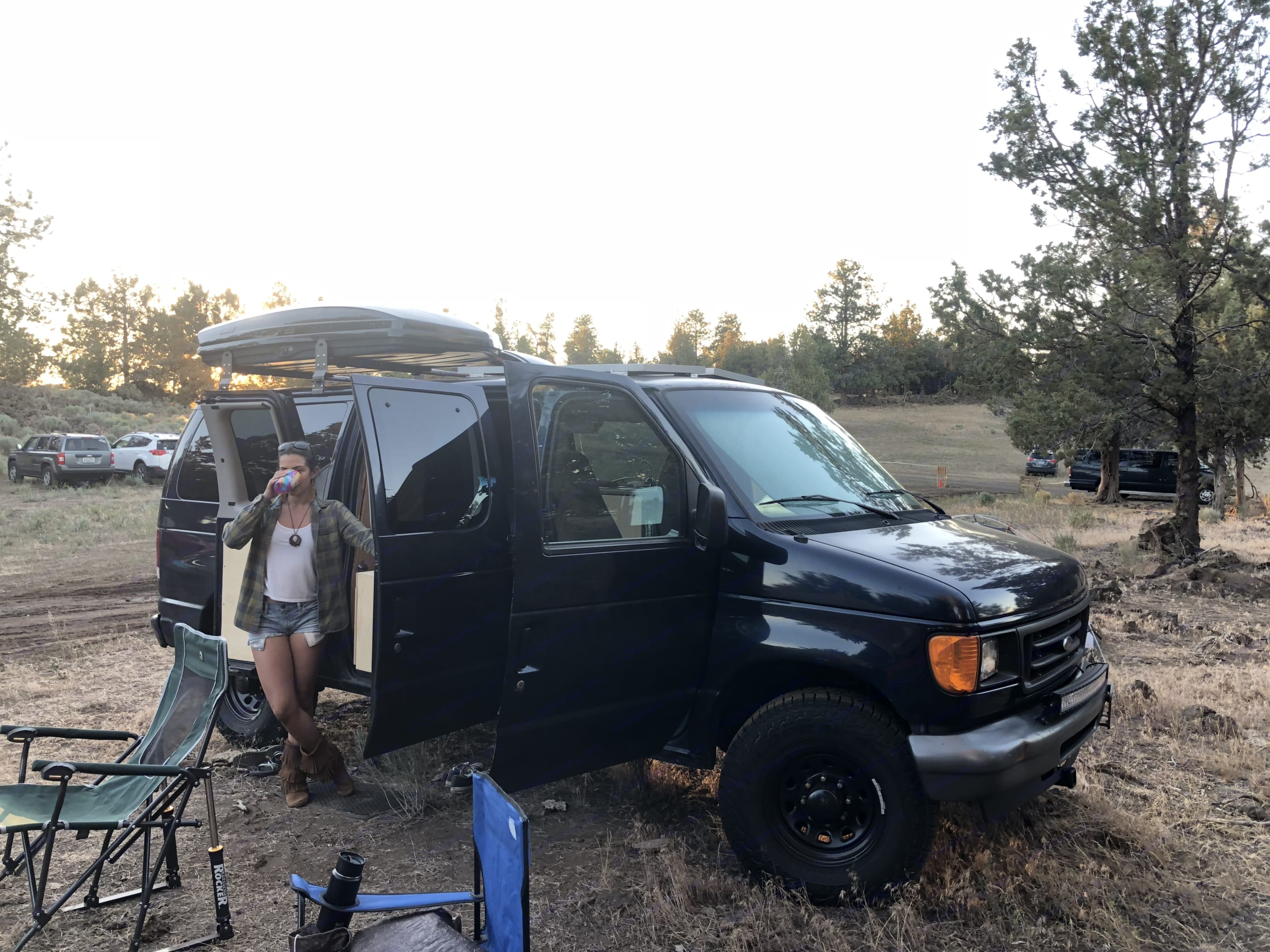 Camping in Bend.. Ford E350 Superduty 2006