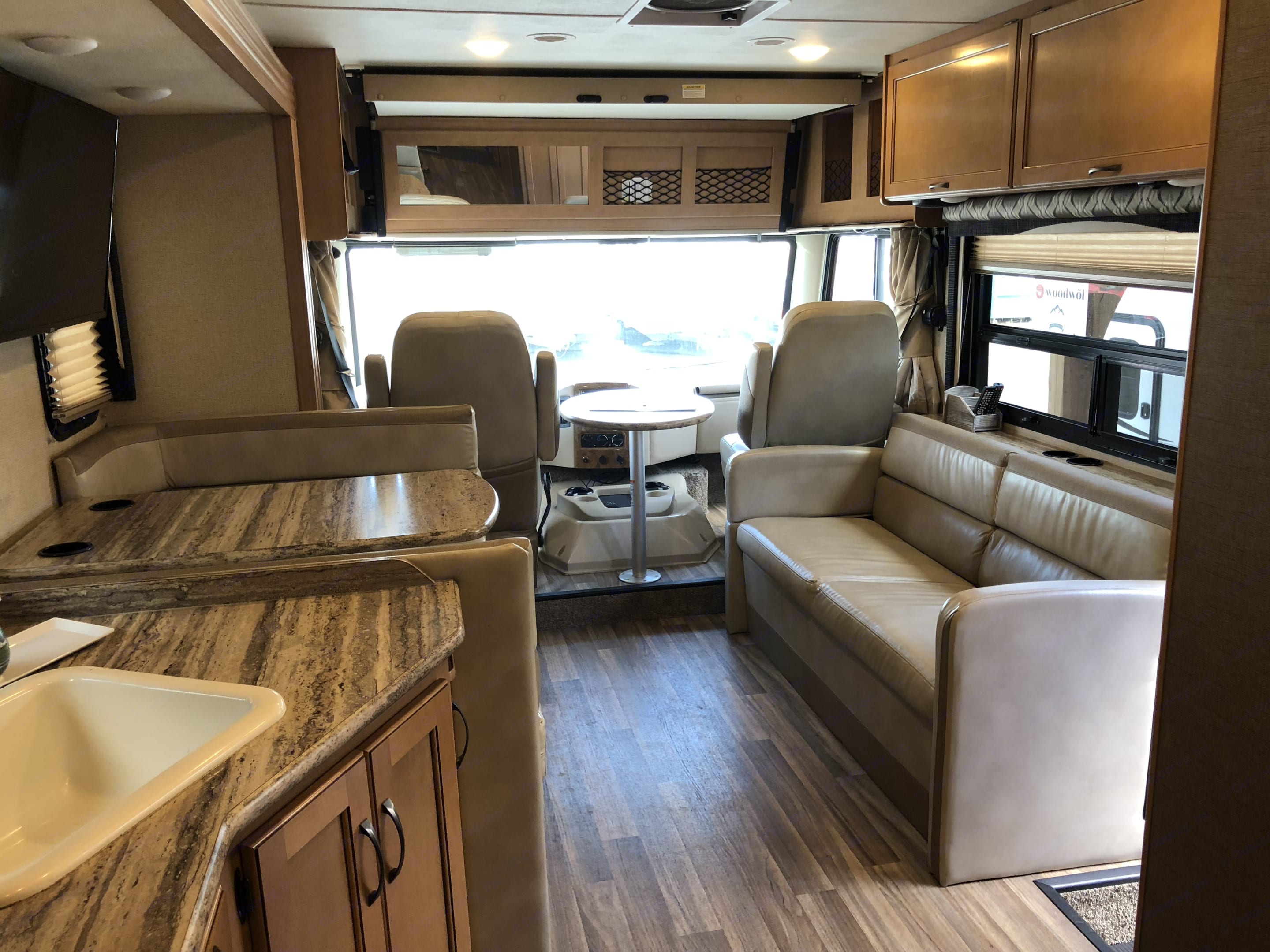 Ride in style!. Thor Motor Coach A.C.E 2017