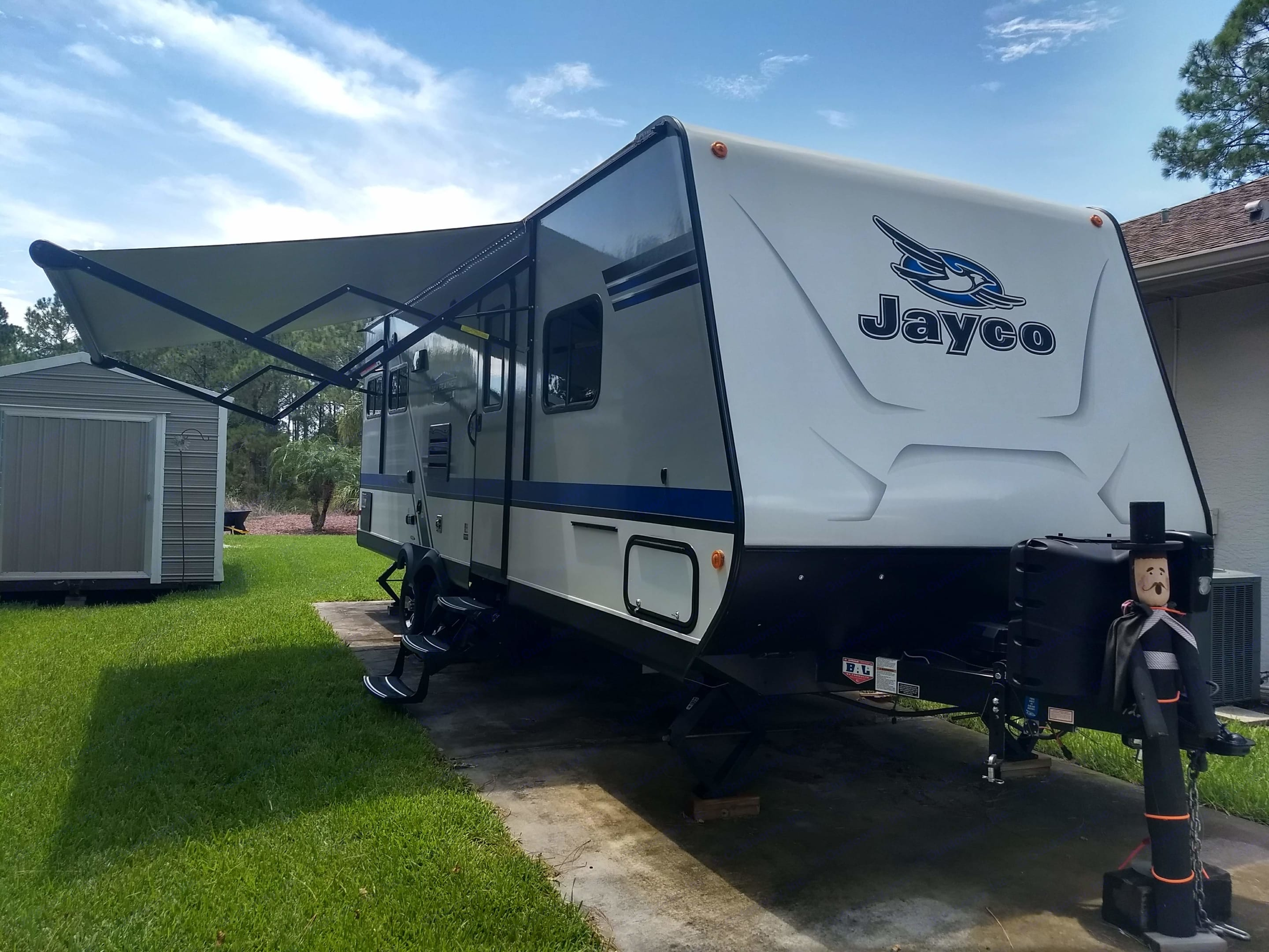 Outside front to back. Jayco Jay Feather 2018