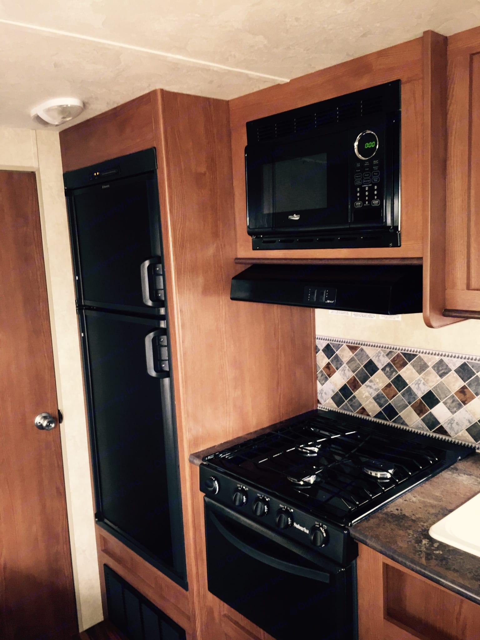 Kitchen. Wildwood 32qbss XLite 2016