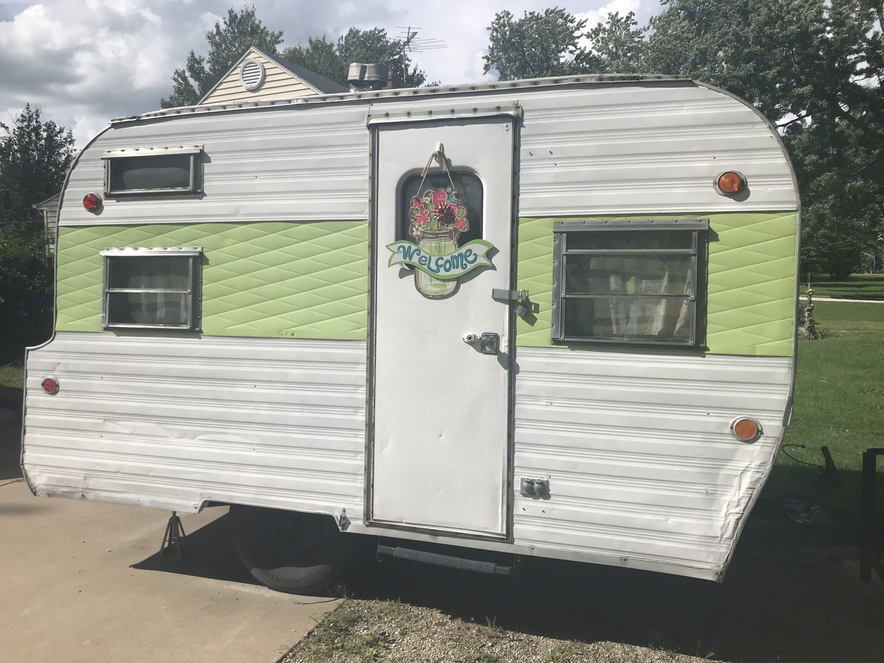 Vintage Fabulous!  This 1965 West Wind Frolic is SO much fun and so simple to hook up and go!. West Wind Frolic 1965