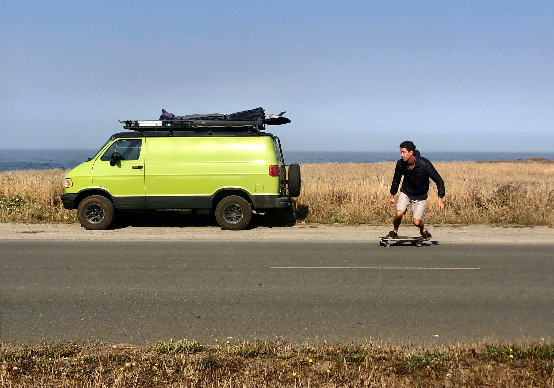 Morning skate. Dodge B2500 Van 1997