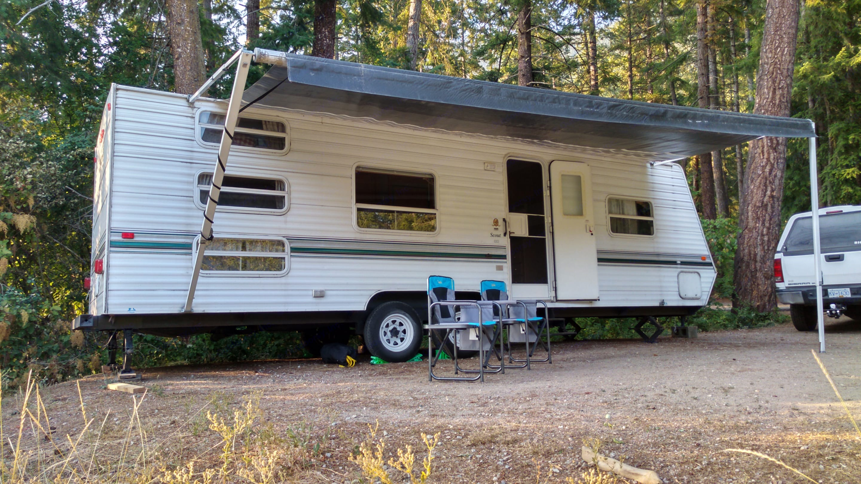 Well maintained, modern travel trailer.. Other Layton 29' Bunkhouse model 2007