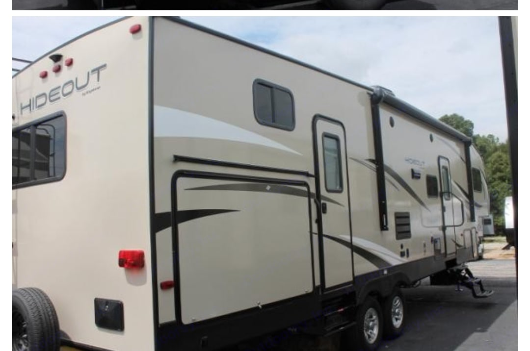 Enjoy your next vacation in this brand new beautiful 5th wheel Hideout.. Keystone Hideout 2018