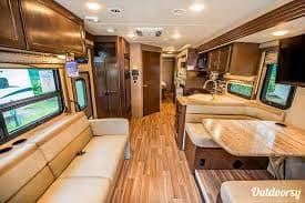Room to move!. Thor Motor Coach A.C.E 2015