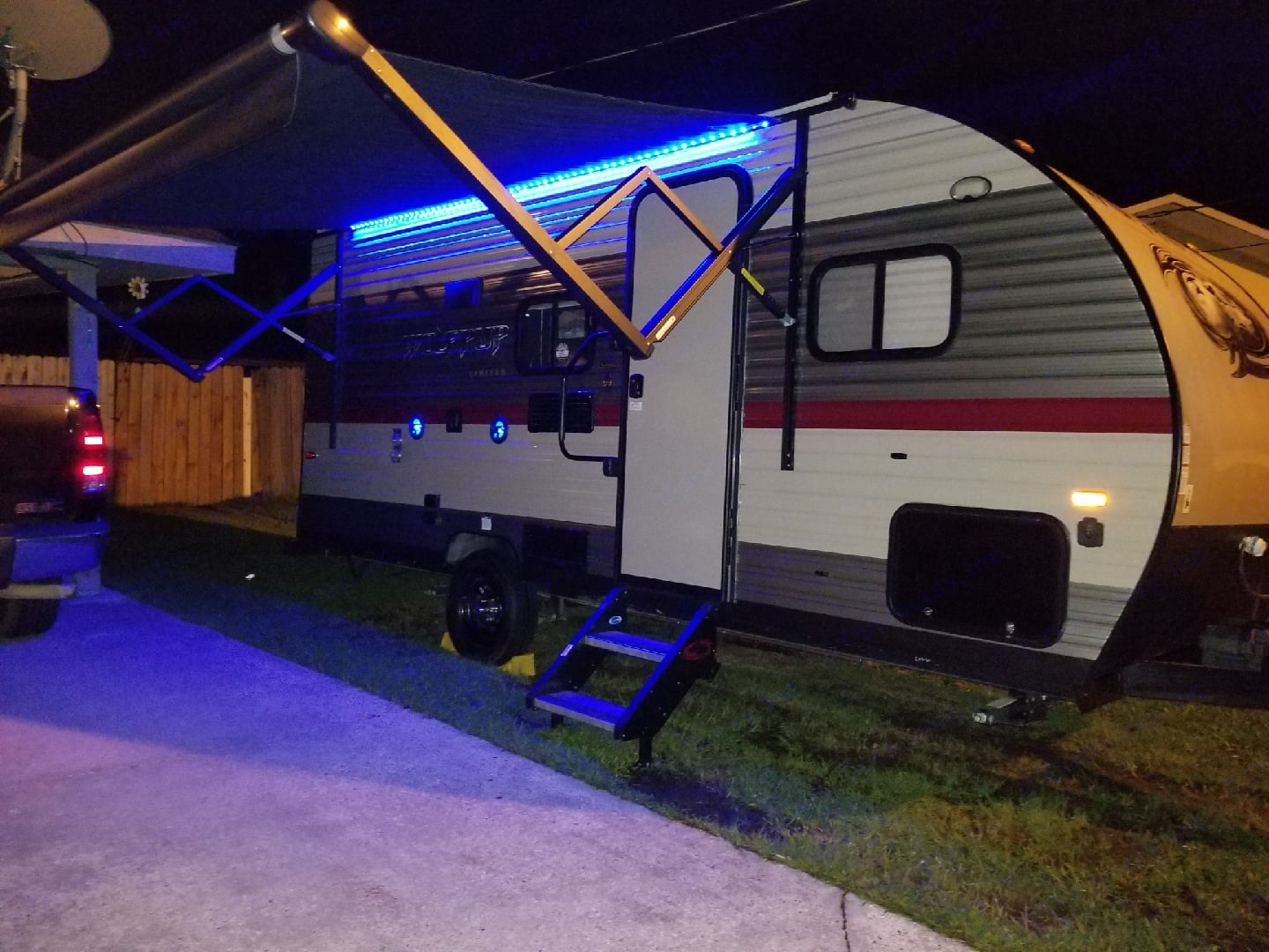 Blue LED lights, waterproof speakers, exterior TV mount and hook up.. Forest River Cherokee Wolf Pup 2018