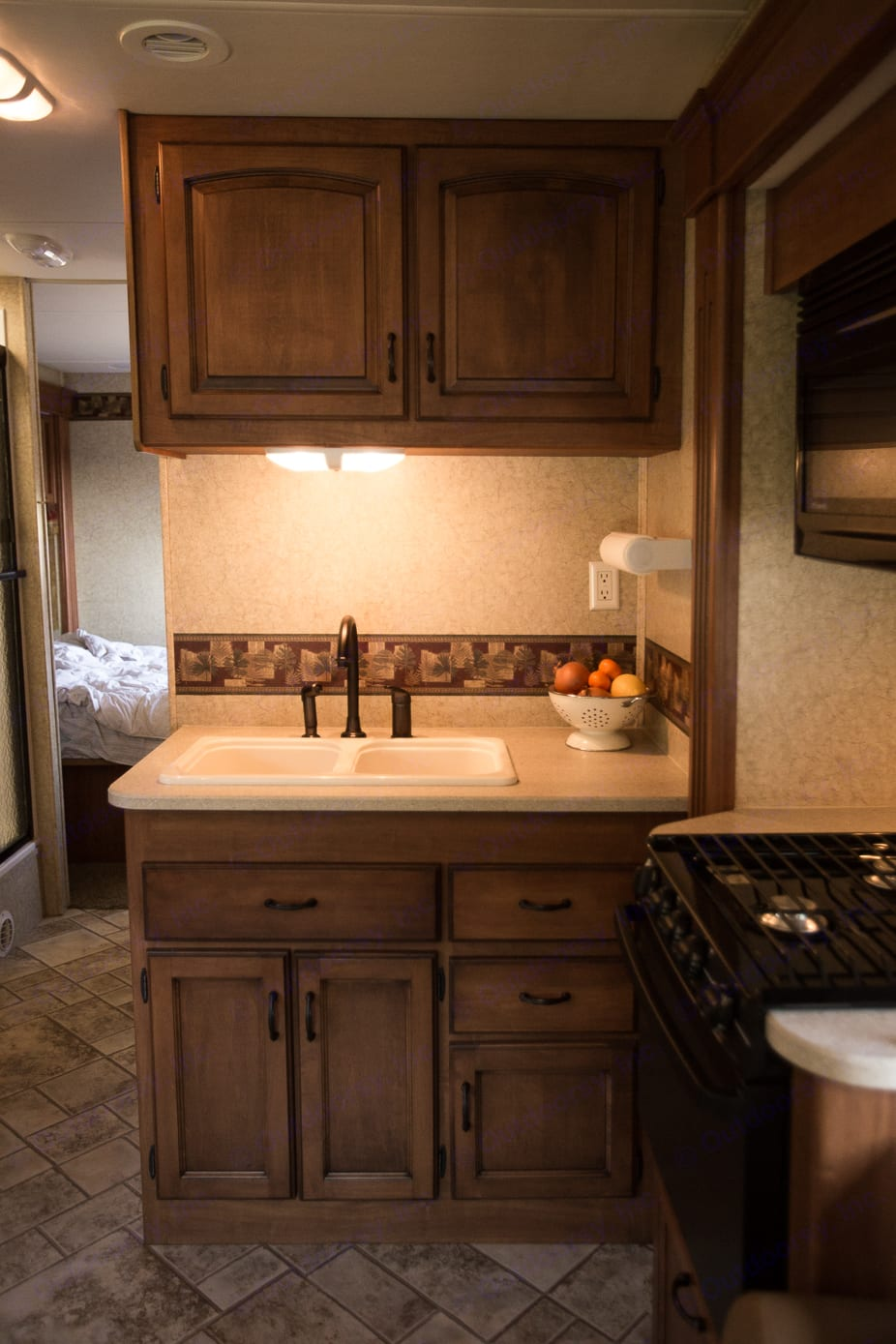 Kitchen sink with counter space.. Jayco Greyhawk 2007