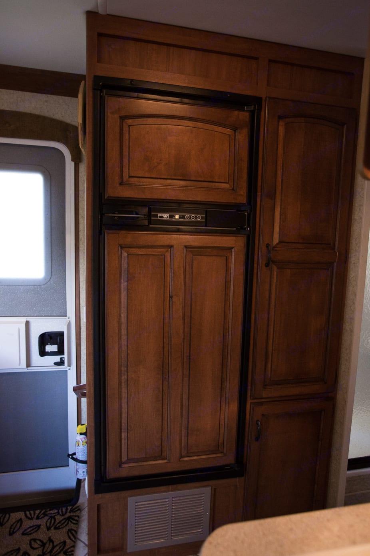 Refigerator, freezer, and pantry.. Jayco Greyhawk 2007