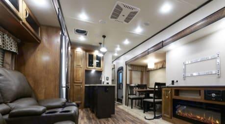Living Area 2018 Chaparral sleeps 11 Travel Trailer RV Rental Sleeps 10. Coachmen Chaparral 2018