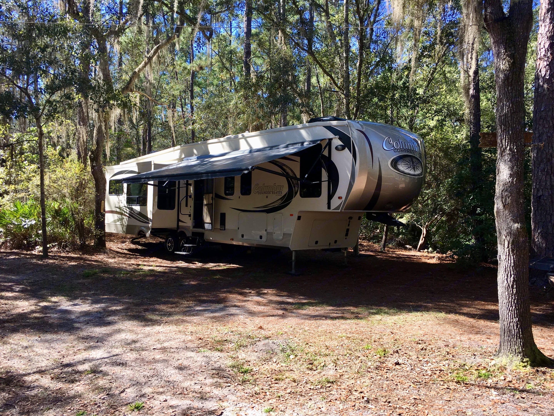 Set up and ready for camping!. Palomino Columbus 2017