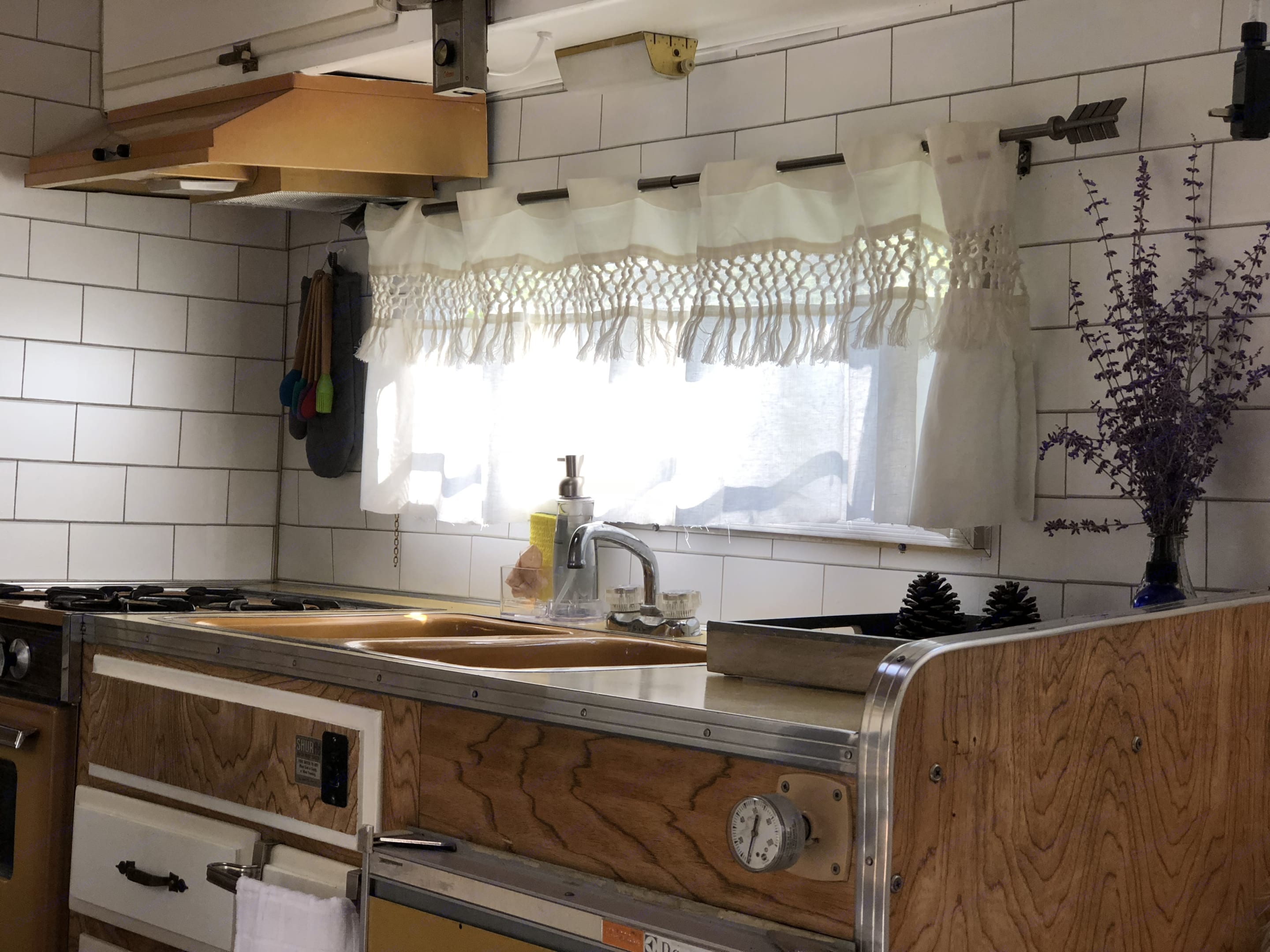 The kitchen space to cook