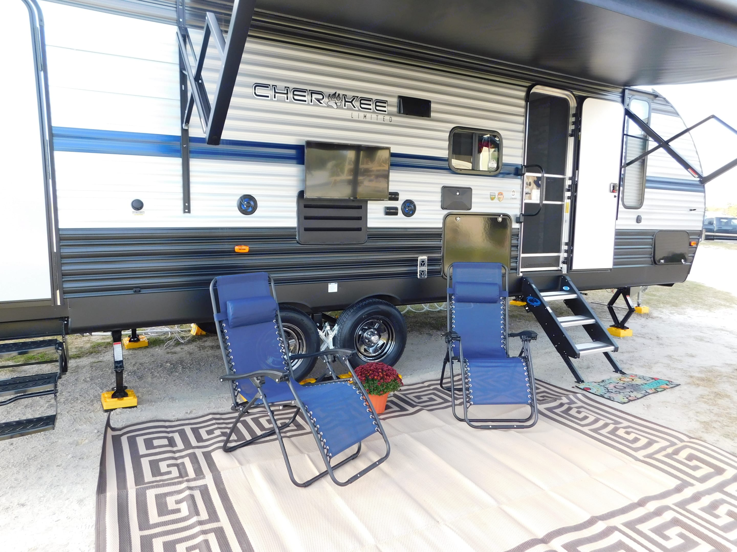 Can you say glamping? All that is needed is YOU!. Forest River Cherokee 2019