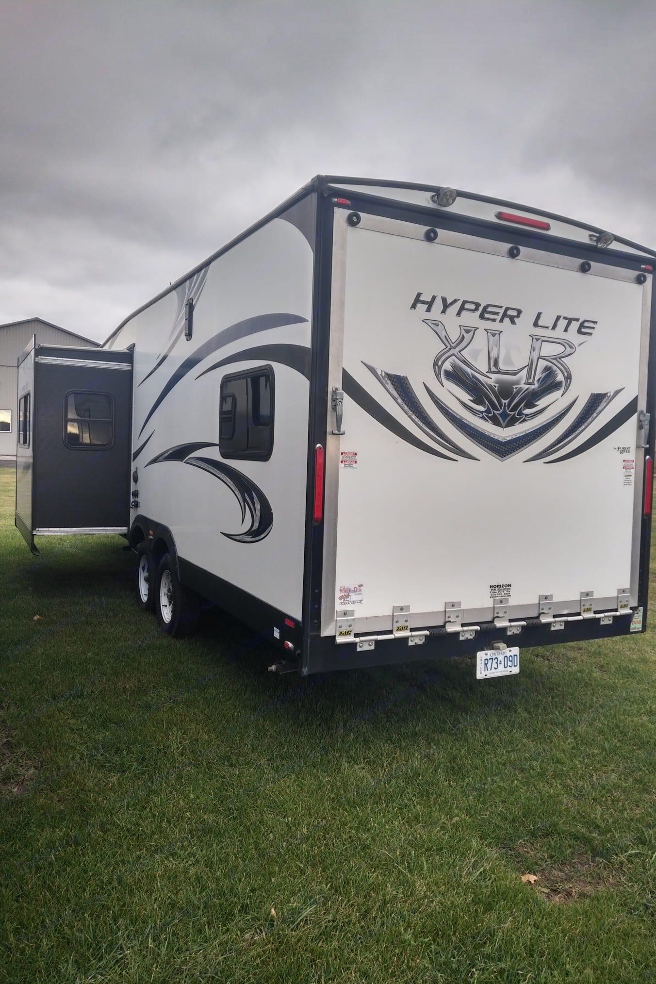 Hyperlite 27HFS 2014