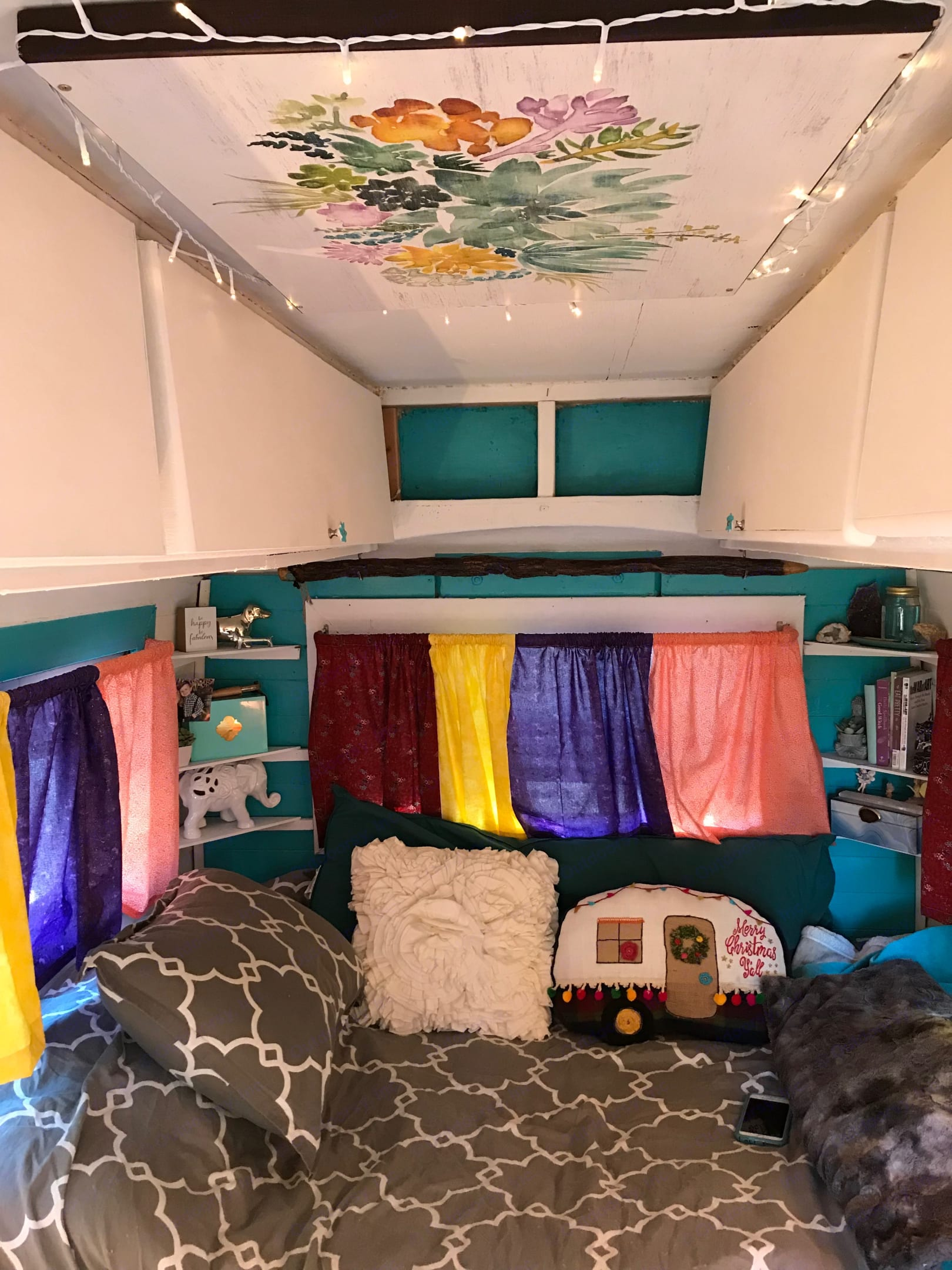 Beautiful colors. Bed is similar to a full. Under bed storage and above head storage. . hunter industries compact jr 1979