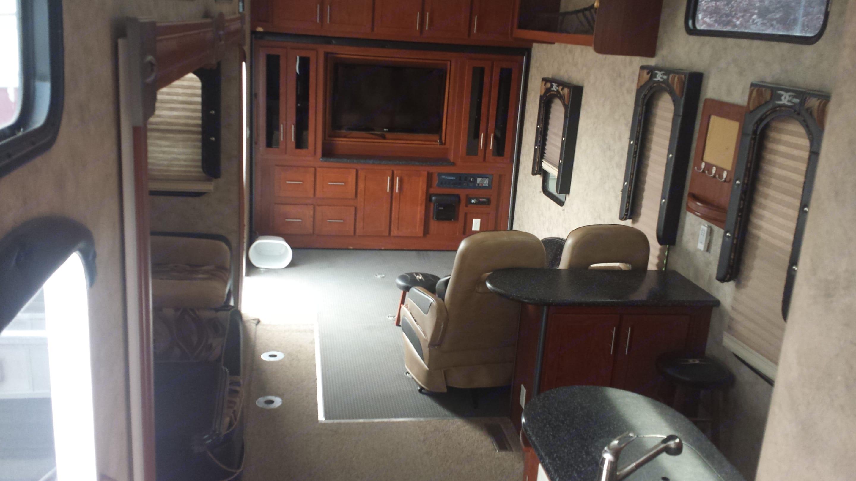 Keystone Fuzion 5th wheel 2010