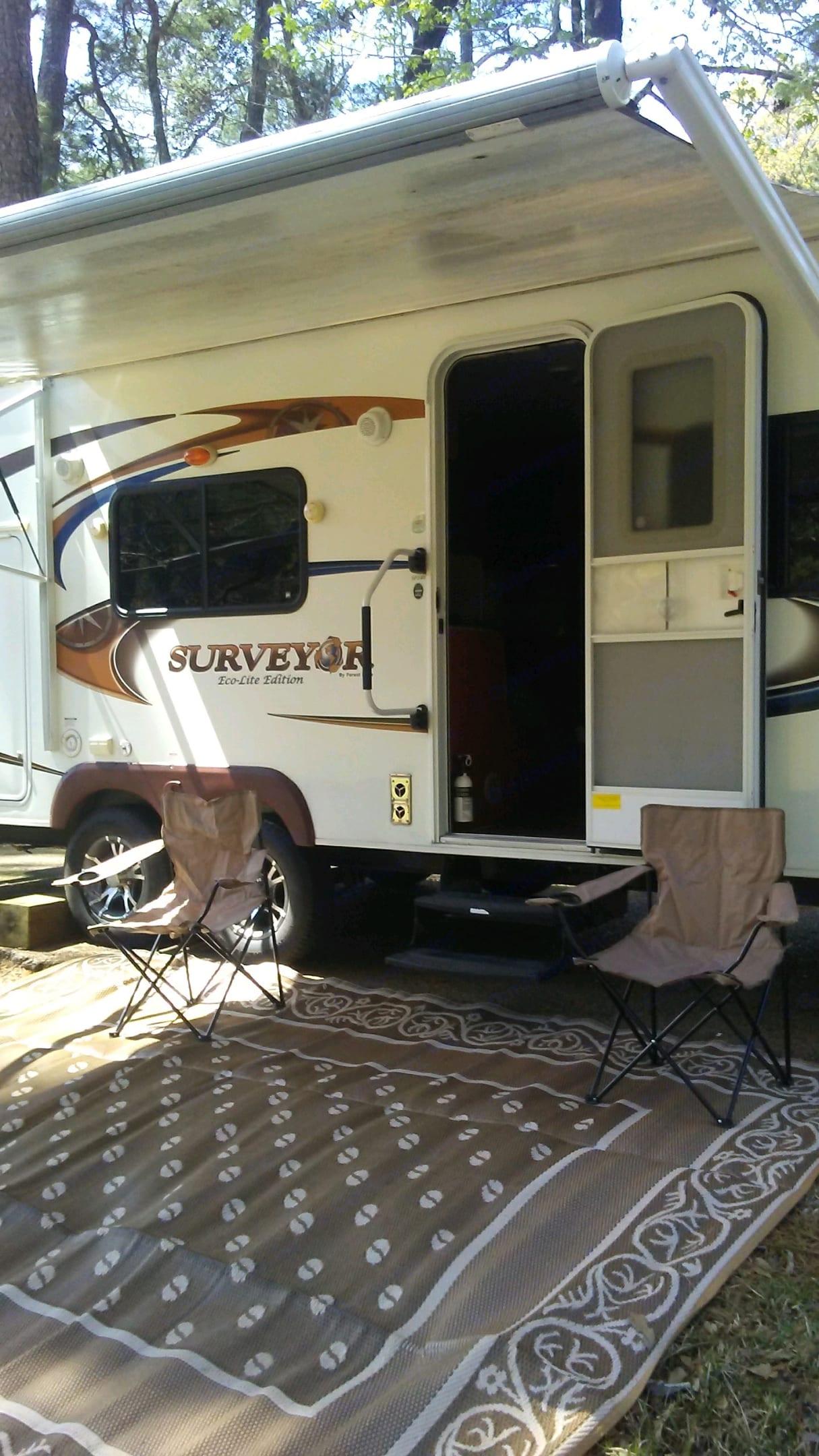 Cozy Camper. Forest River Surveyor 2012