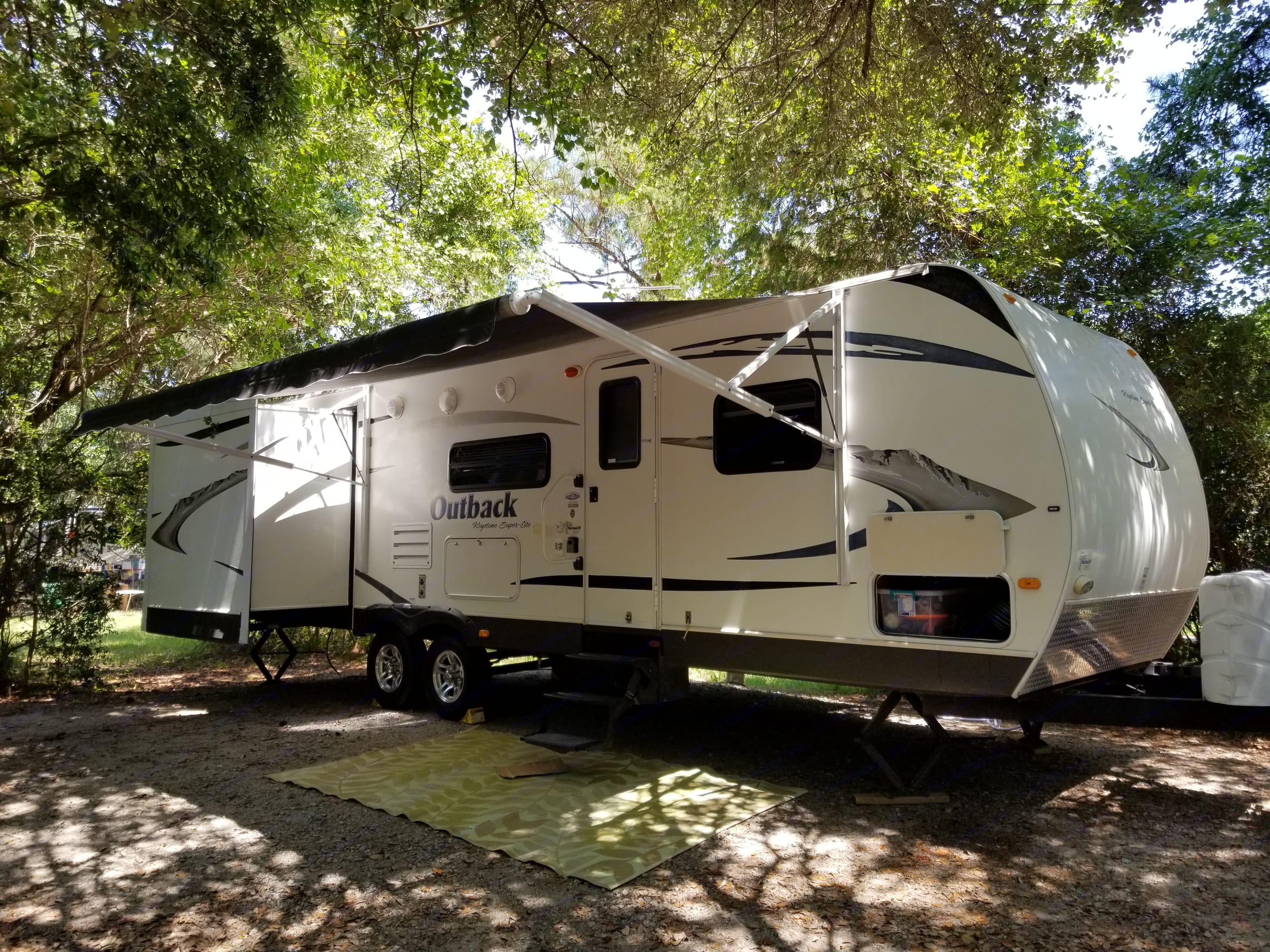 We setup, teardown & teach you everything you need to know to relax & enjoy your vacation. We hook up the water, power, sewer, & cable when available!. Keystone Outback 2010
