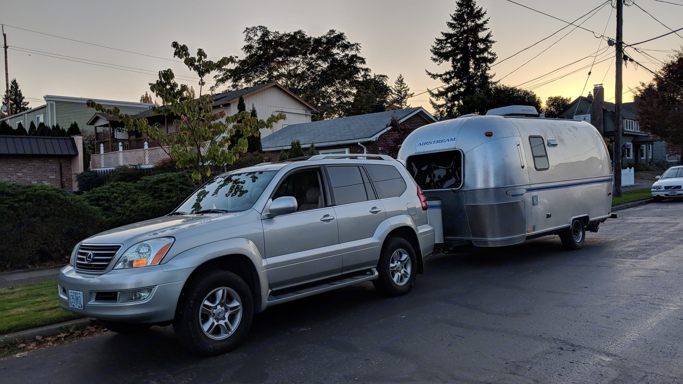 The day we picked up our new baby!. Airstream Classic 1999