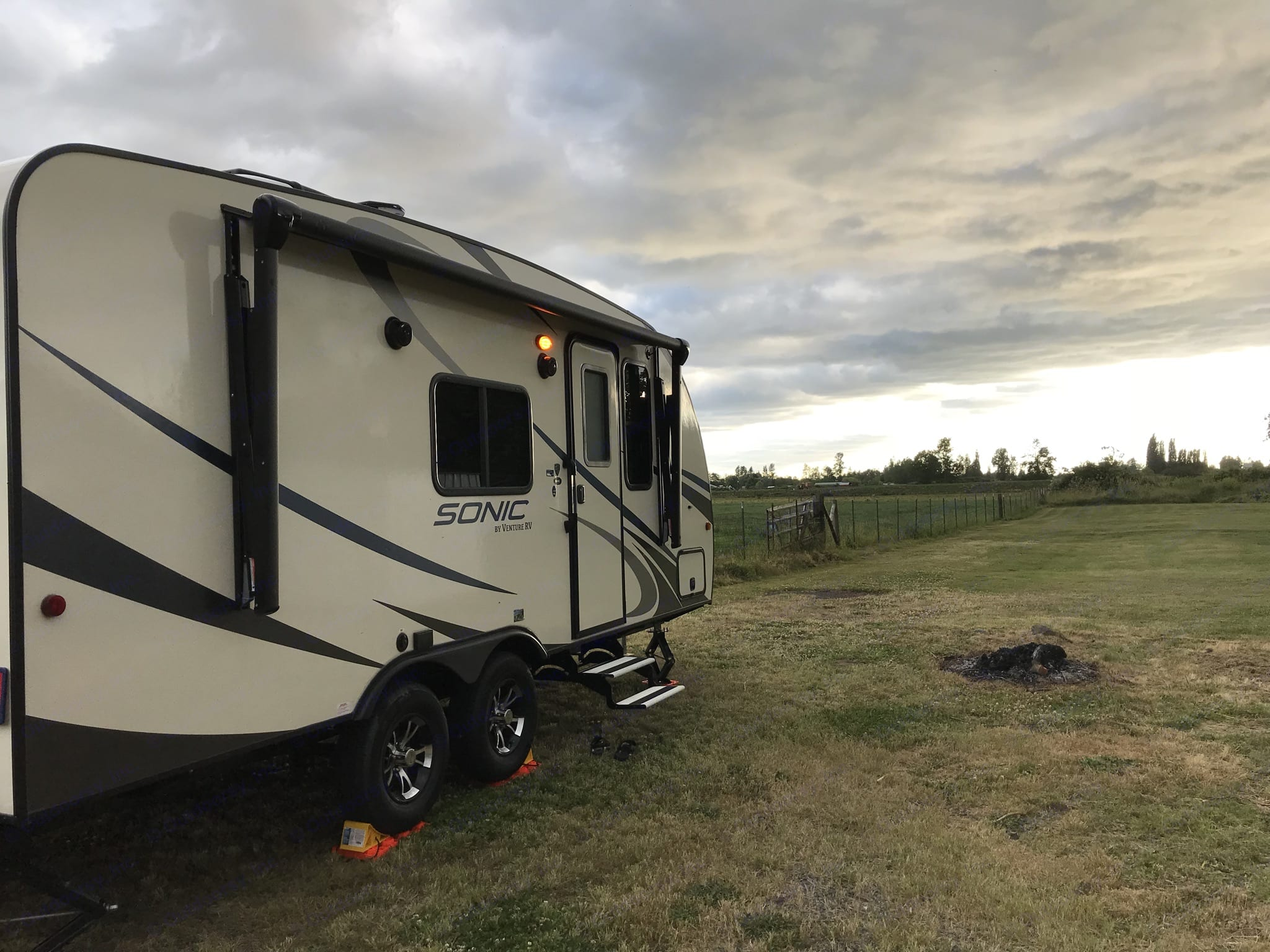 Dolly the Trailer features an electric awning with LED lights.. Venture Rv Sonic 2018