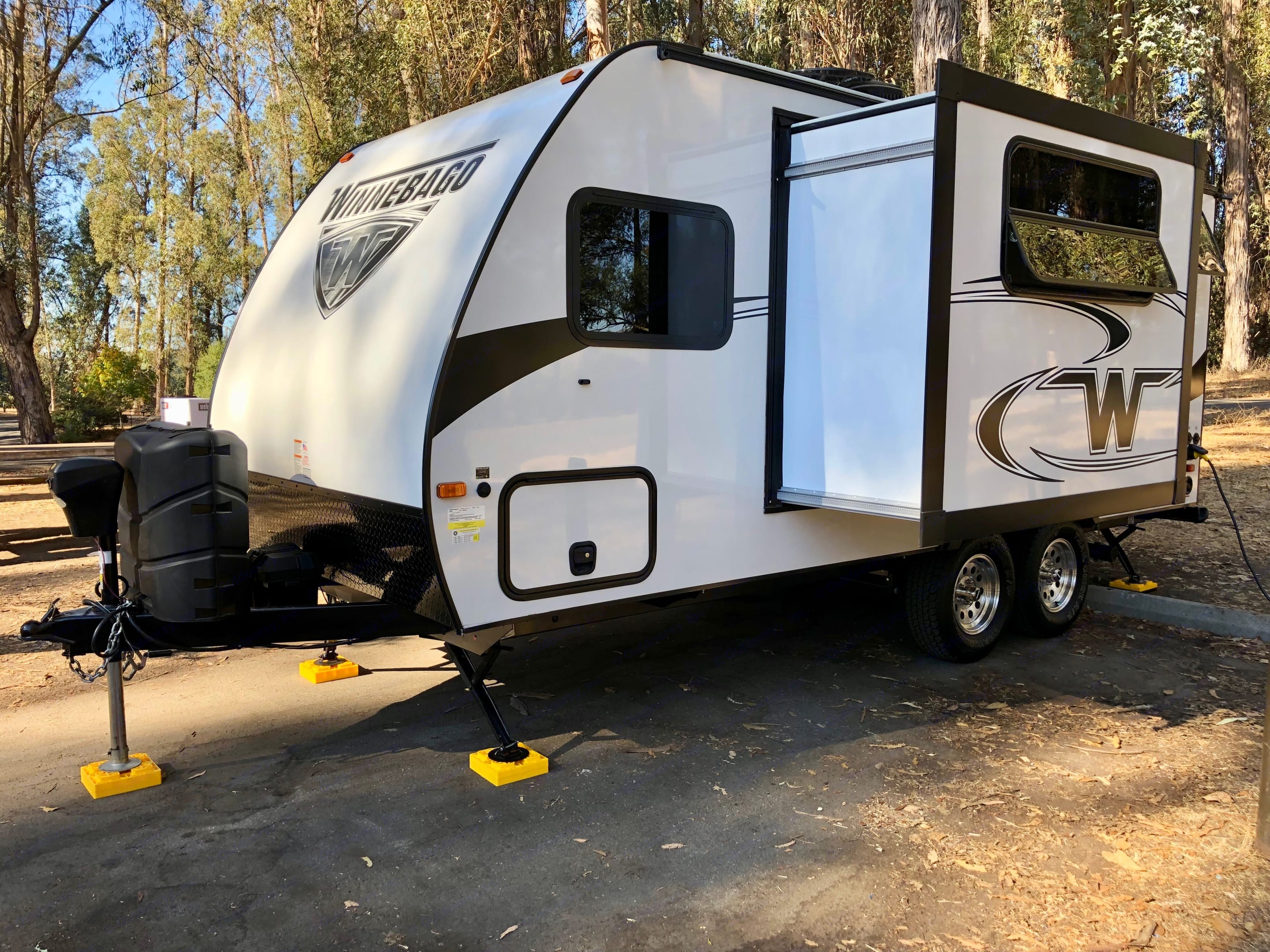 Added interior space through an electronic slide-out.. Winnebago Micro Minnie 2019