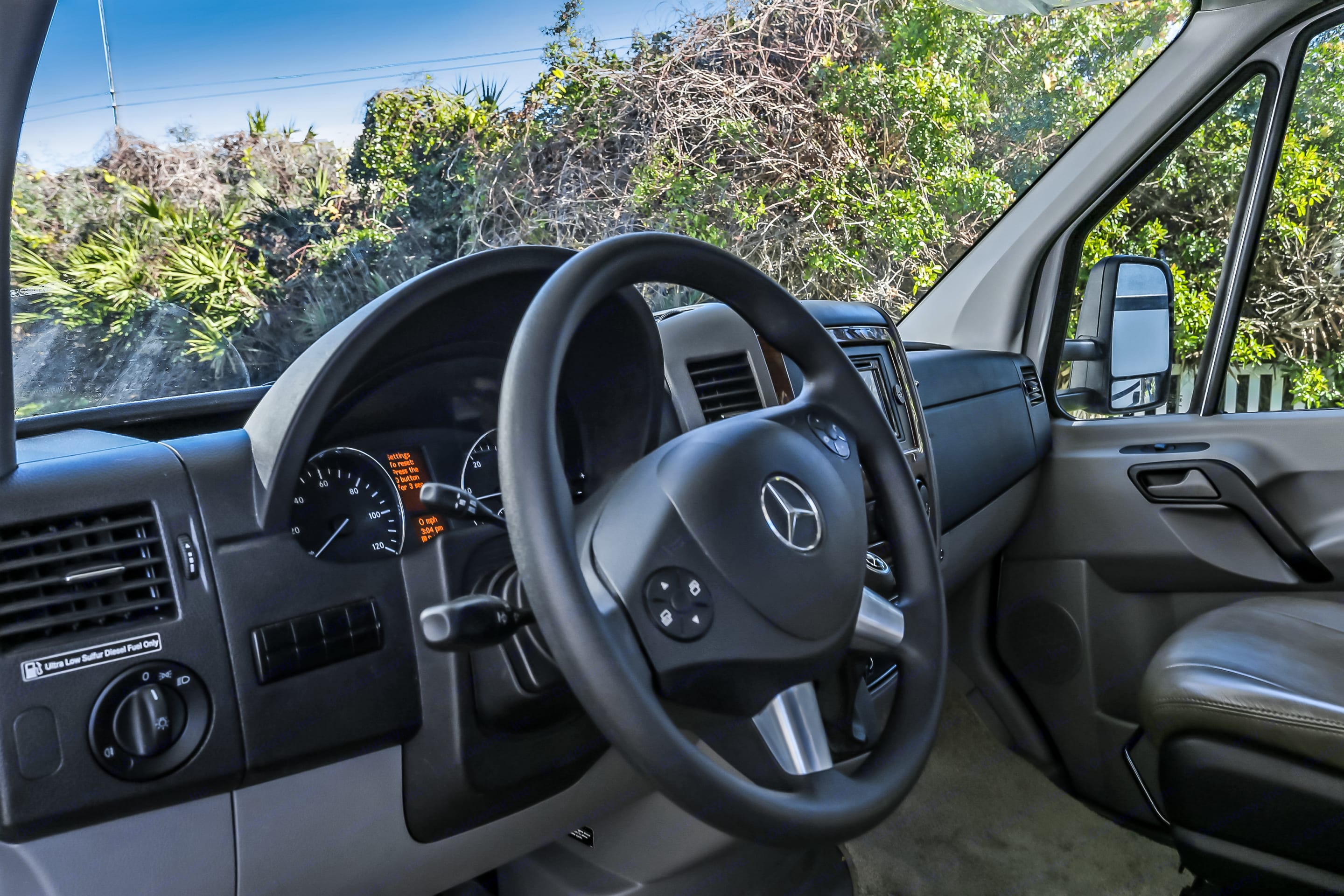 Maneuvers easily, engine is effortless even in mountains. . Mercedes-Benz REDUCED!! Sprinter Motorhome 413CDI TURBO-DIESEL 2018