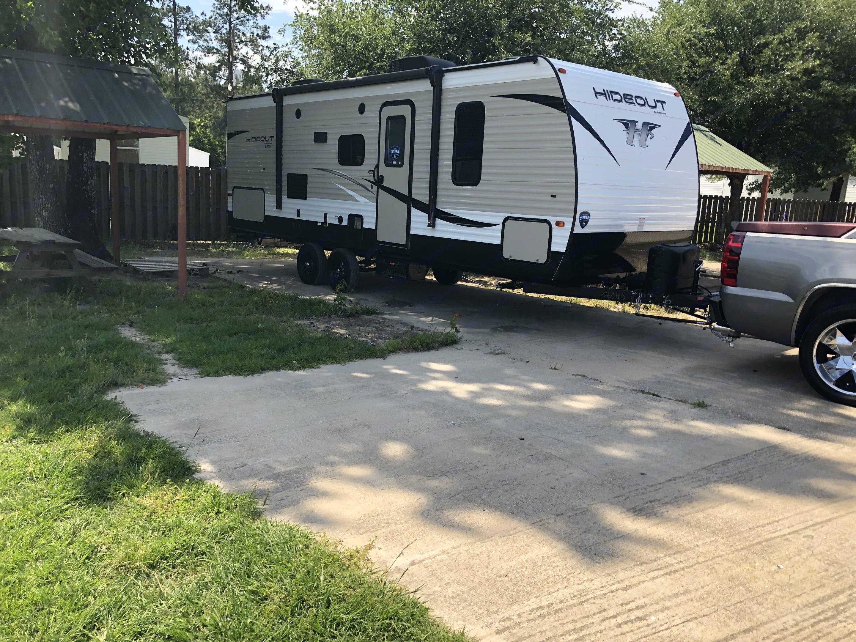 RV Set Up in Silsbee, Texas at Thompson Lake. Keystone Hideout 2018