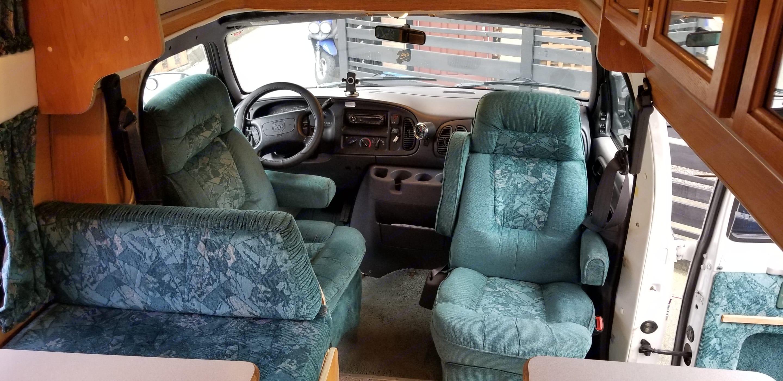 Cab Seating Area. Islander Supreme SE 1999