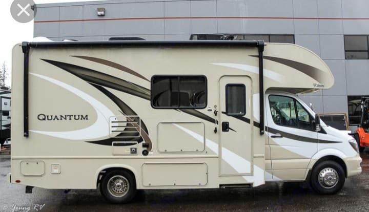 Large awning with an outdoor TV. Thor Motor Coach Chateau Citation Sprinter 2017