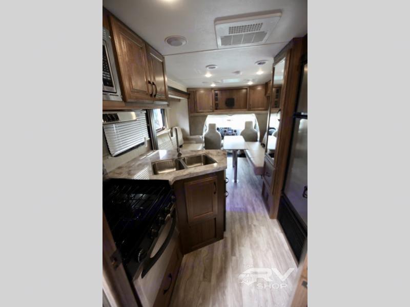 Nice, Open, and Roomy Interior. Gulf Stream B Touring Cruiser 2021