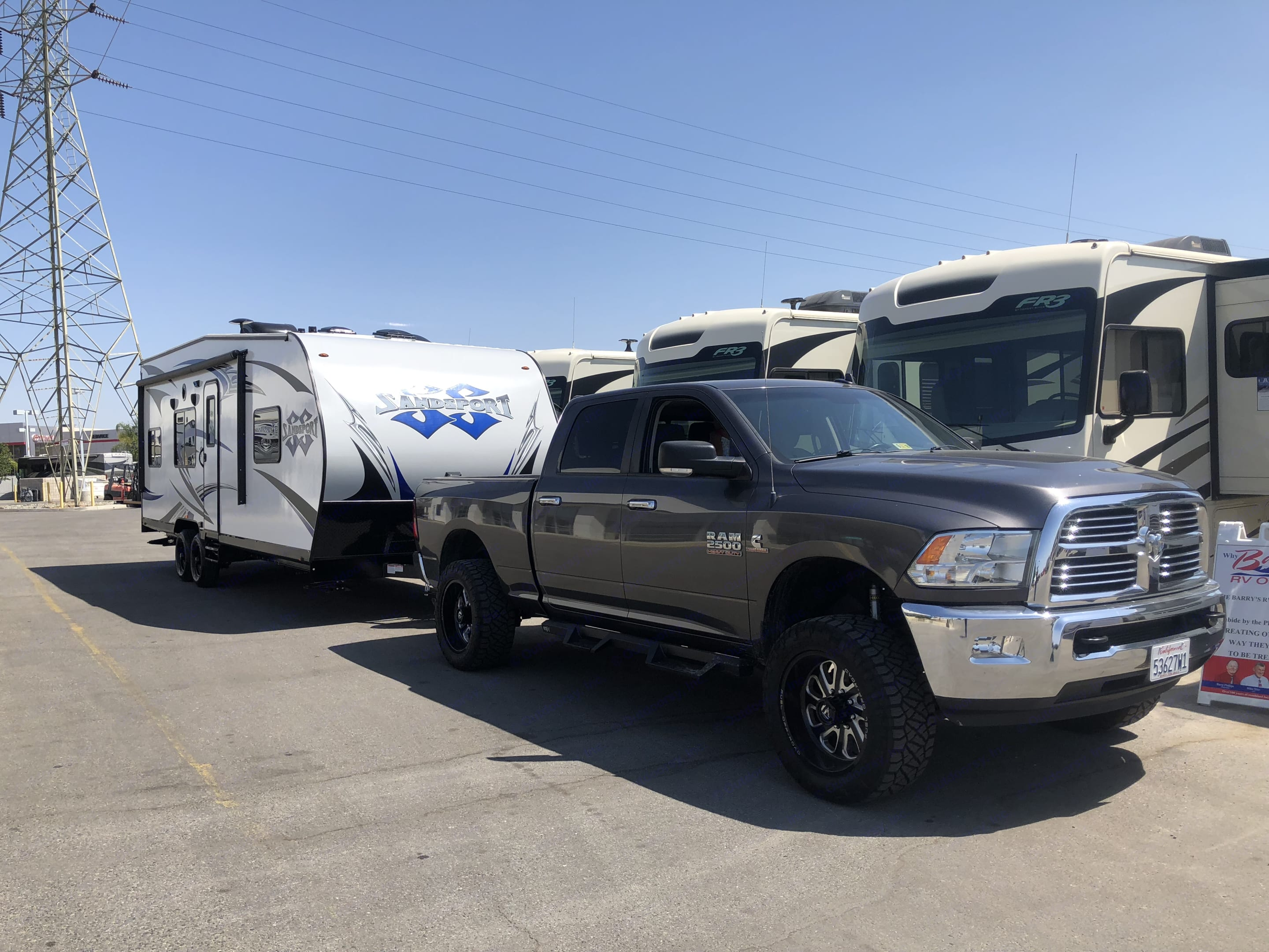 Pulls very nice with anti sway bar and husky tow kit. Pacific Coachworks Sandsport 2019