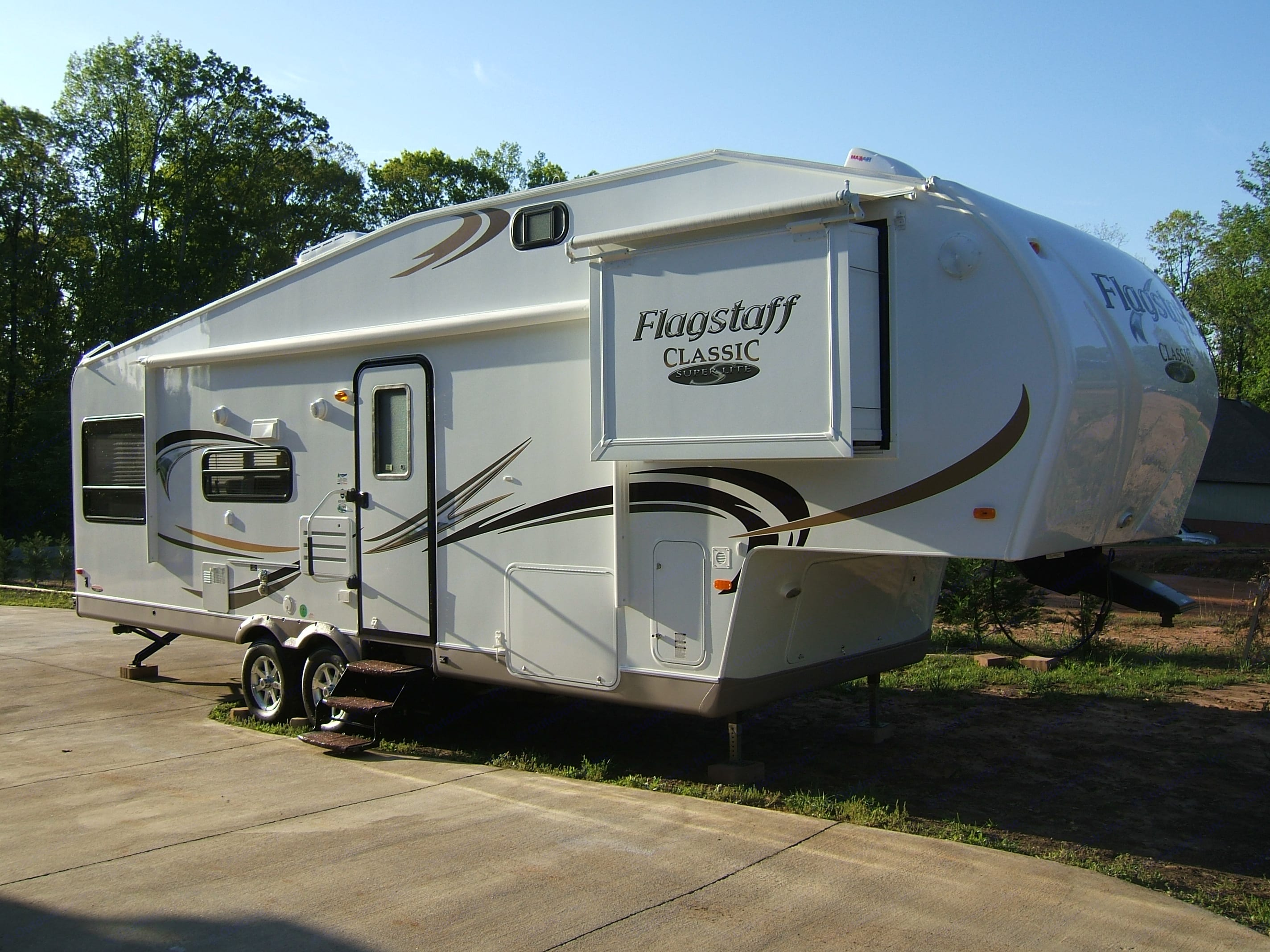 Forest River Flagstaff Classic Super Lite 2011