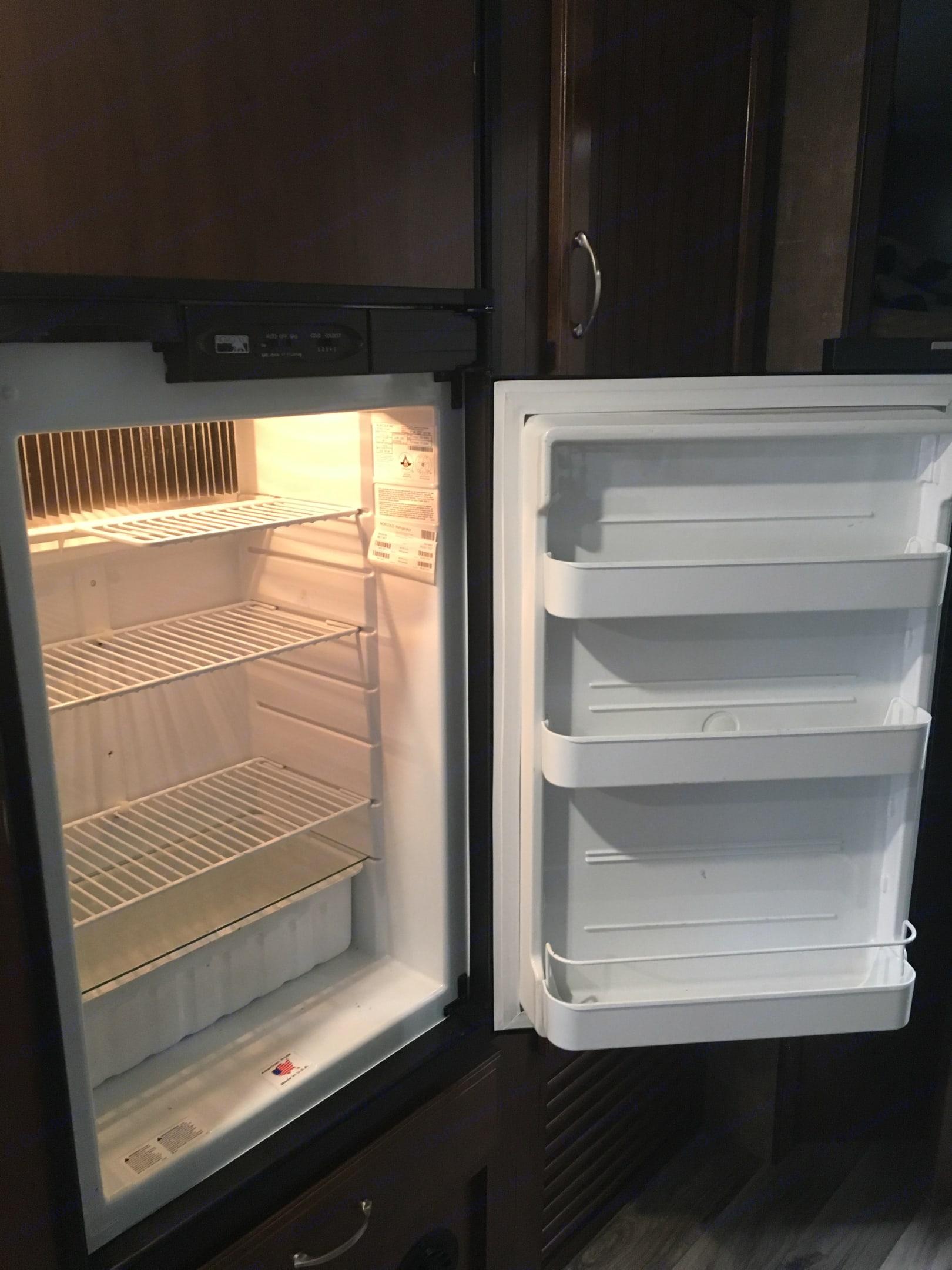 Interior fridge space. . Jayco Jay Feather 25BH 2017