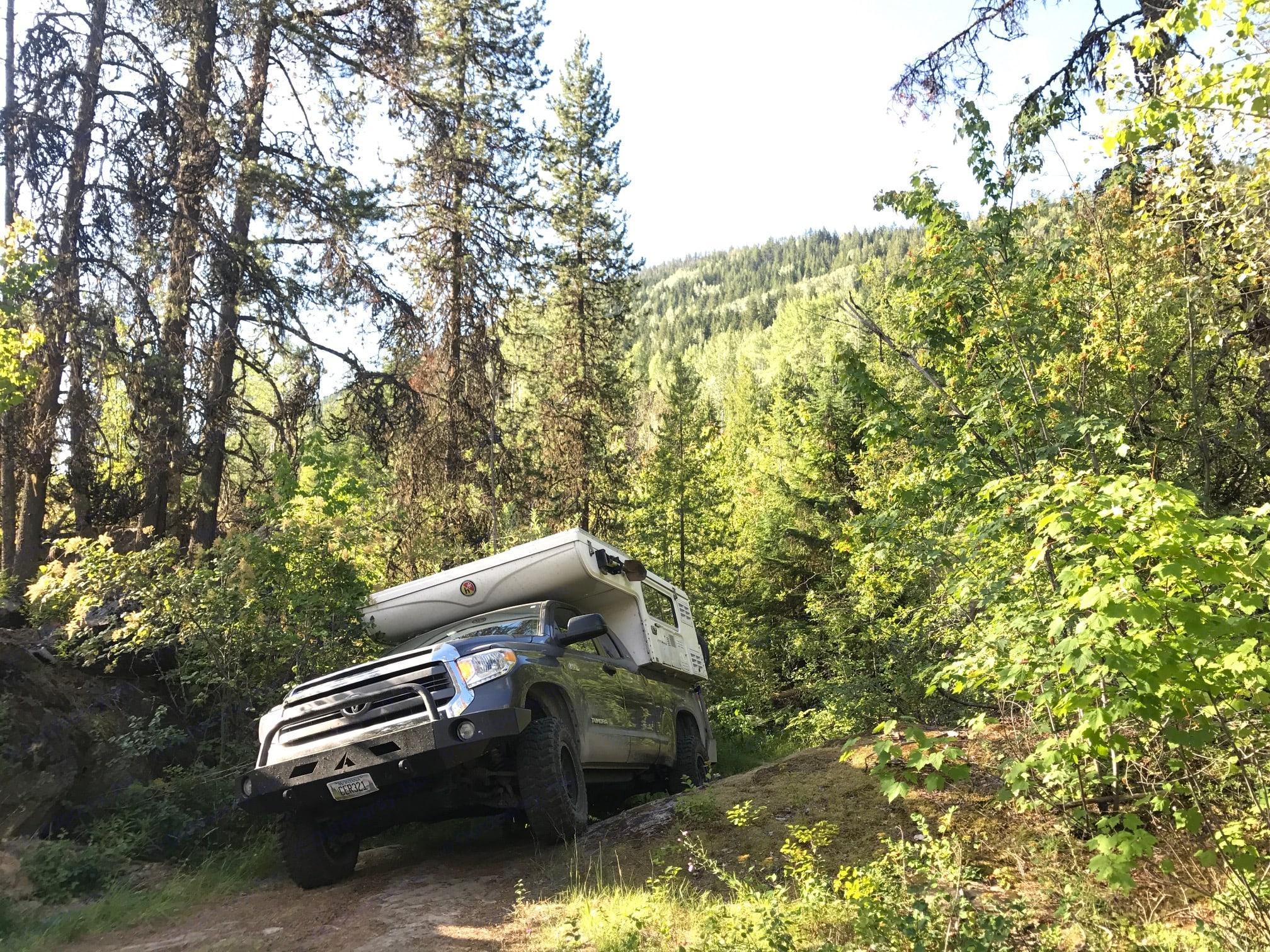 Toyota Tundra Hallmark camper 2014