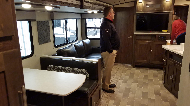 Cruiser Rv Corp Radiance 2019